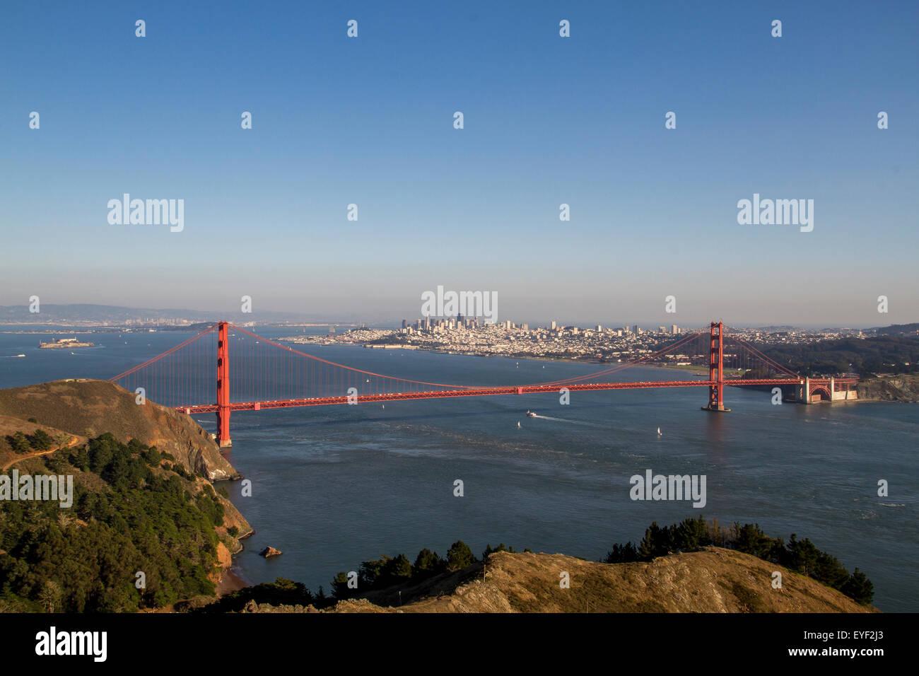 El puente colgante Golden Gate de Marin Headlands, San Francisco, California, Estados Unidos Foto de stock