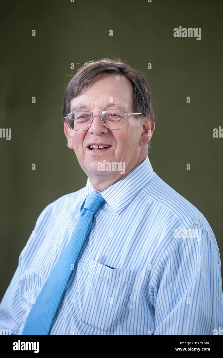 Profesor de Política, Iain McLean, presentándose en el Festival Internacional del Libro de Edimburgo. Imagen De Stock