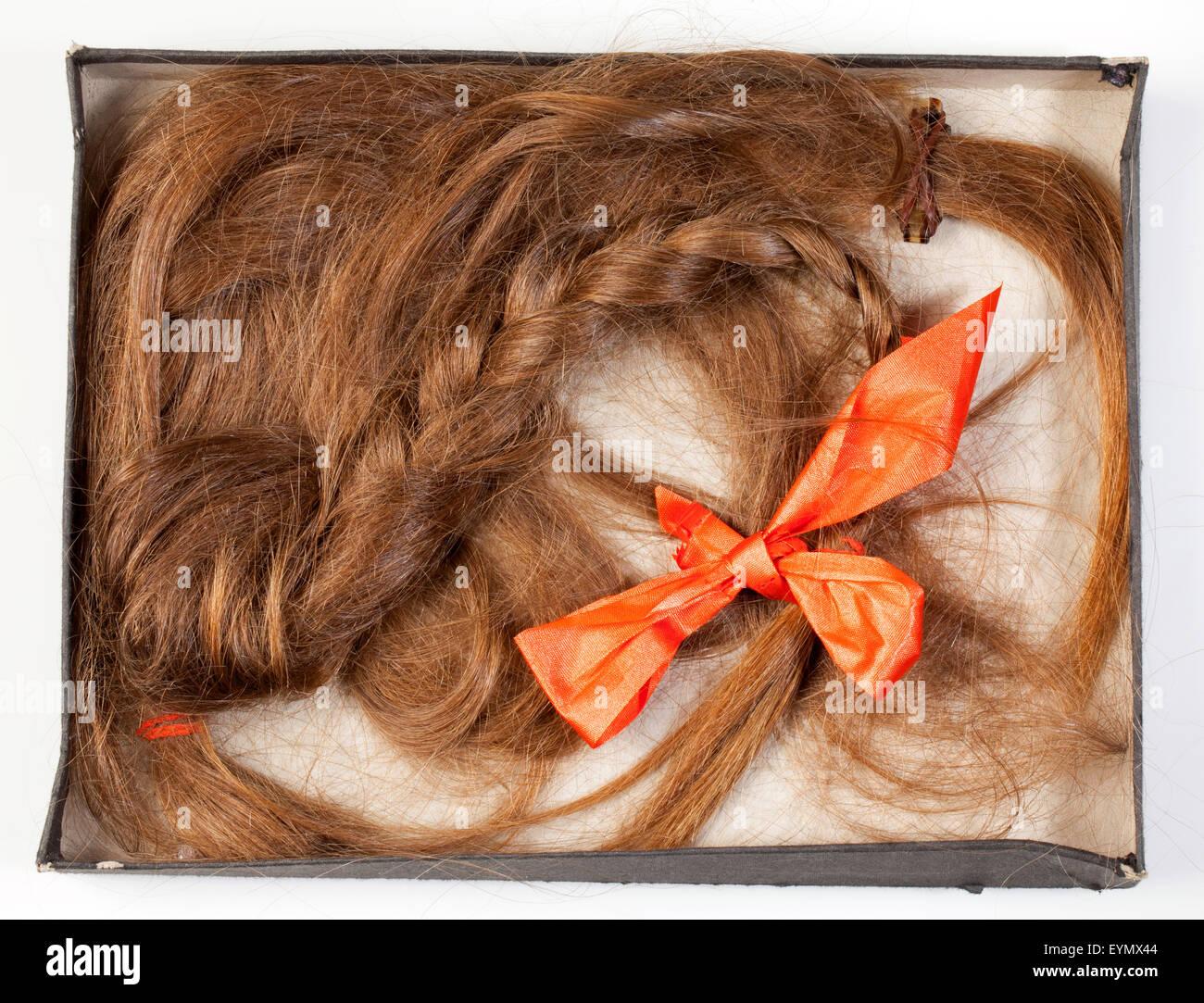 Cabello Humano natural, corte, abgeschnittener Zopf, alte Zöpfe abschneiden Foto de stock