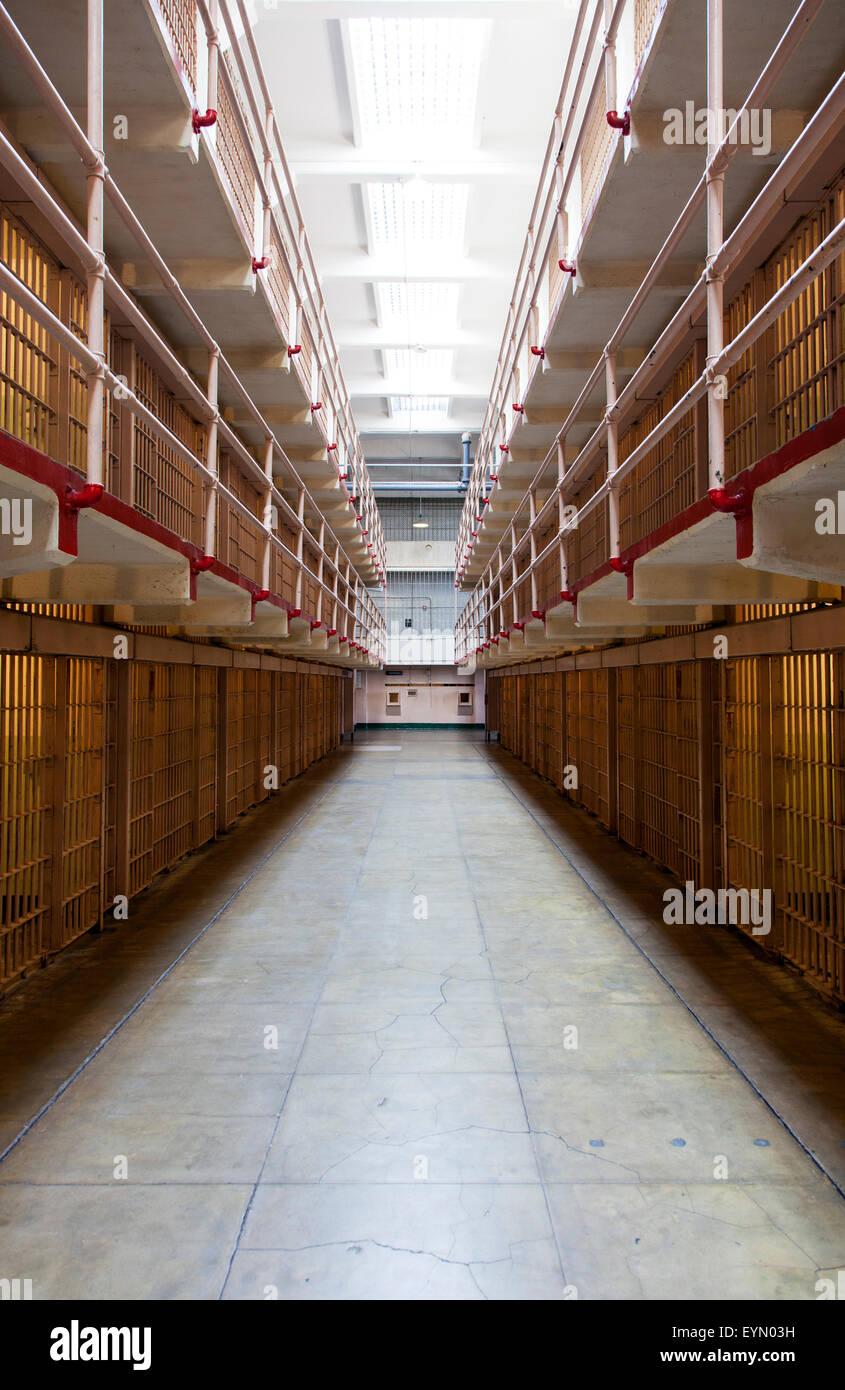 Celdas de prisión en Alcatraz, San Francisco, EE.UU. Imagen De Stock