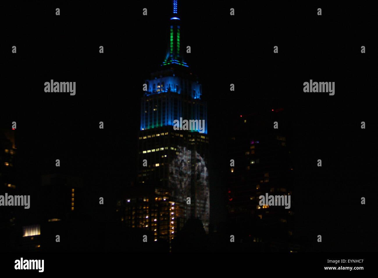 La Ciudad de Nueva York, EE.UU.. 1 de agosto de 2015. Las imágenes digitales de las especies amenazadas se Imagen De Stock