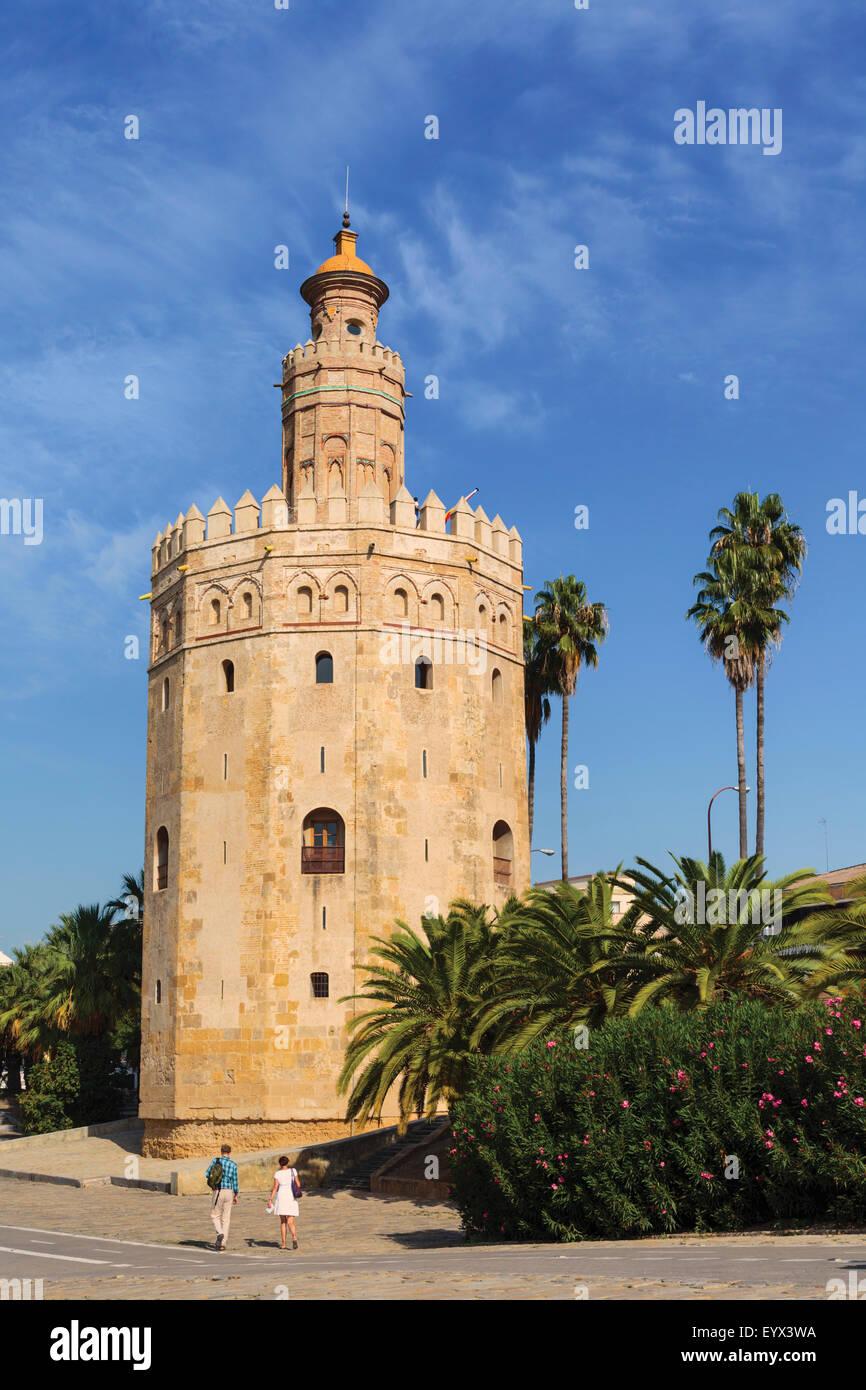 Sevilla, provincia de Sevilla, Andalucía, sur de España. Torre del Oro: la Torre del Oro Imagen De Stock