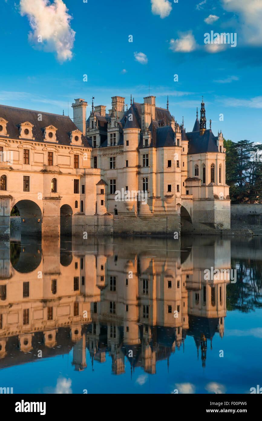 La primera luz de la mañana en el Chateau de Chenonceau, Indre-et-Loire, Centro, Francia Imagen De Stock
