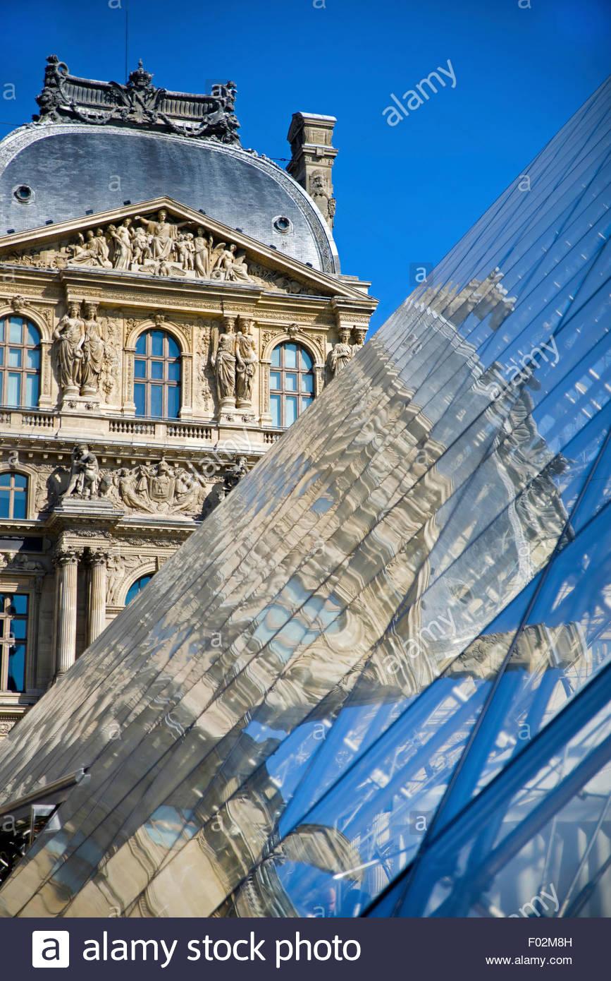 Museo del Louvre, París Imagen De Stock