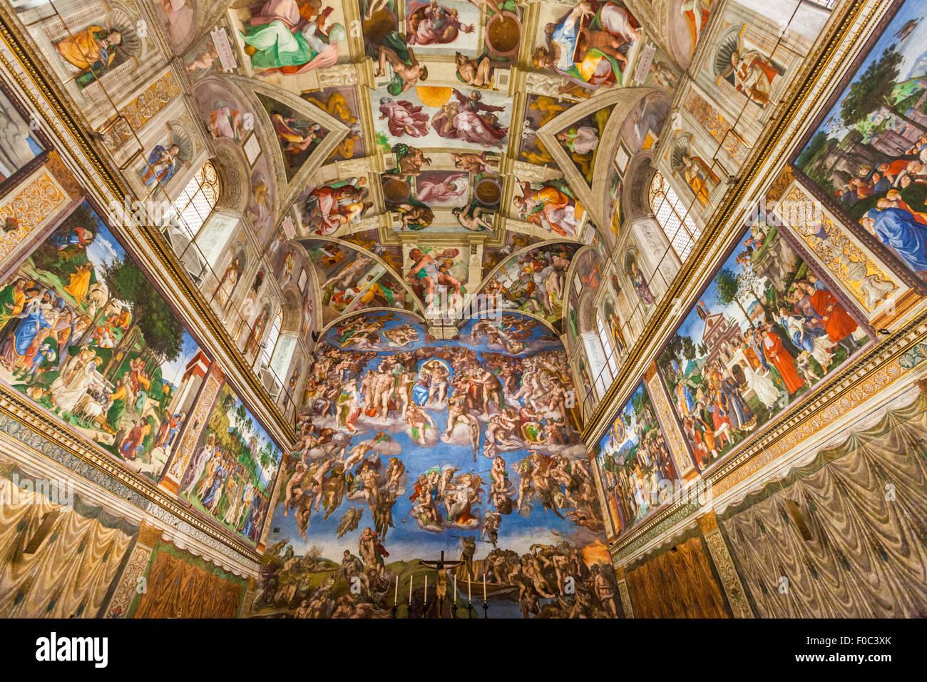 La Capilla Sixtina del Palacio Apostólico Vaticano Museo Vaticano Roma Italia Europa UE Imagen De Stock