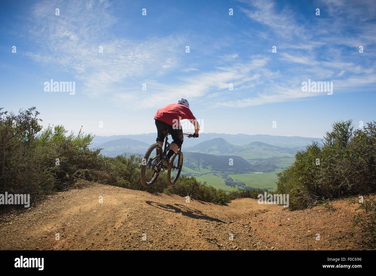 El ciclista de mountain bike, San Luis Obispo, California, Estados Unidos de América Imagen De Stock