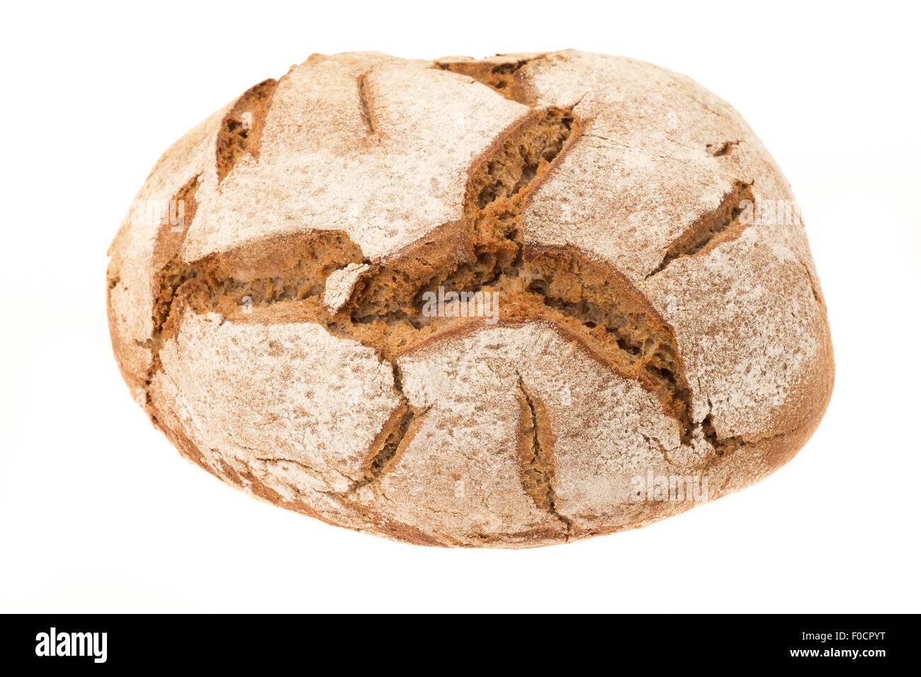 Recién horneados pan de centeno - fondo blanco Imagen De Stock