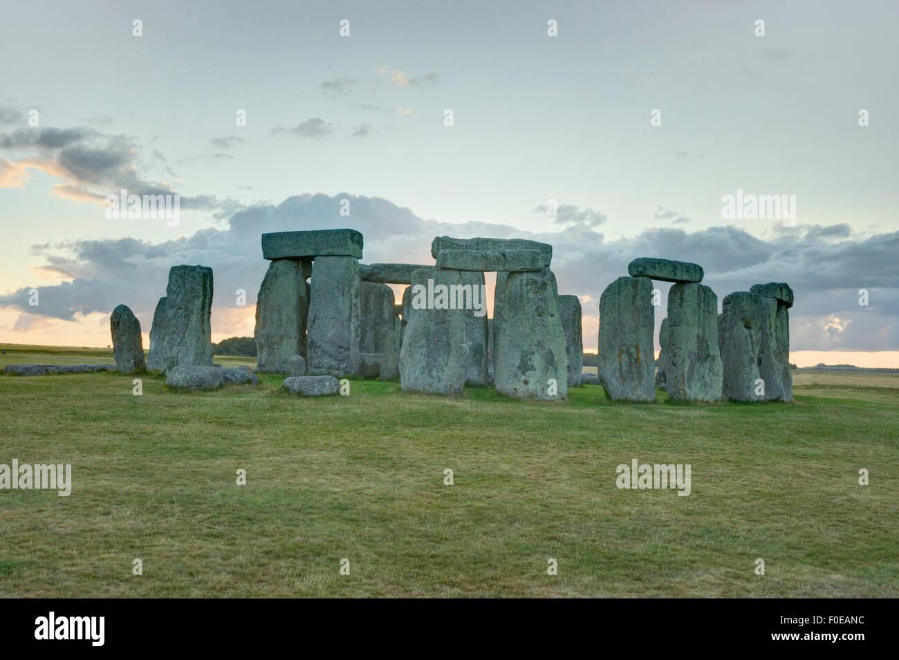 Antiguo círculo de piedra de Stonehenge, Inglaterra Imagen De Stock