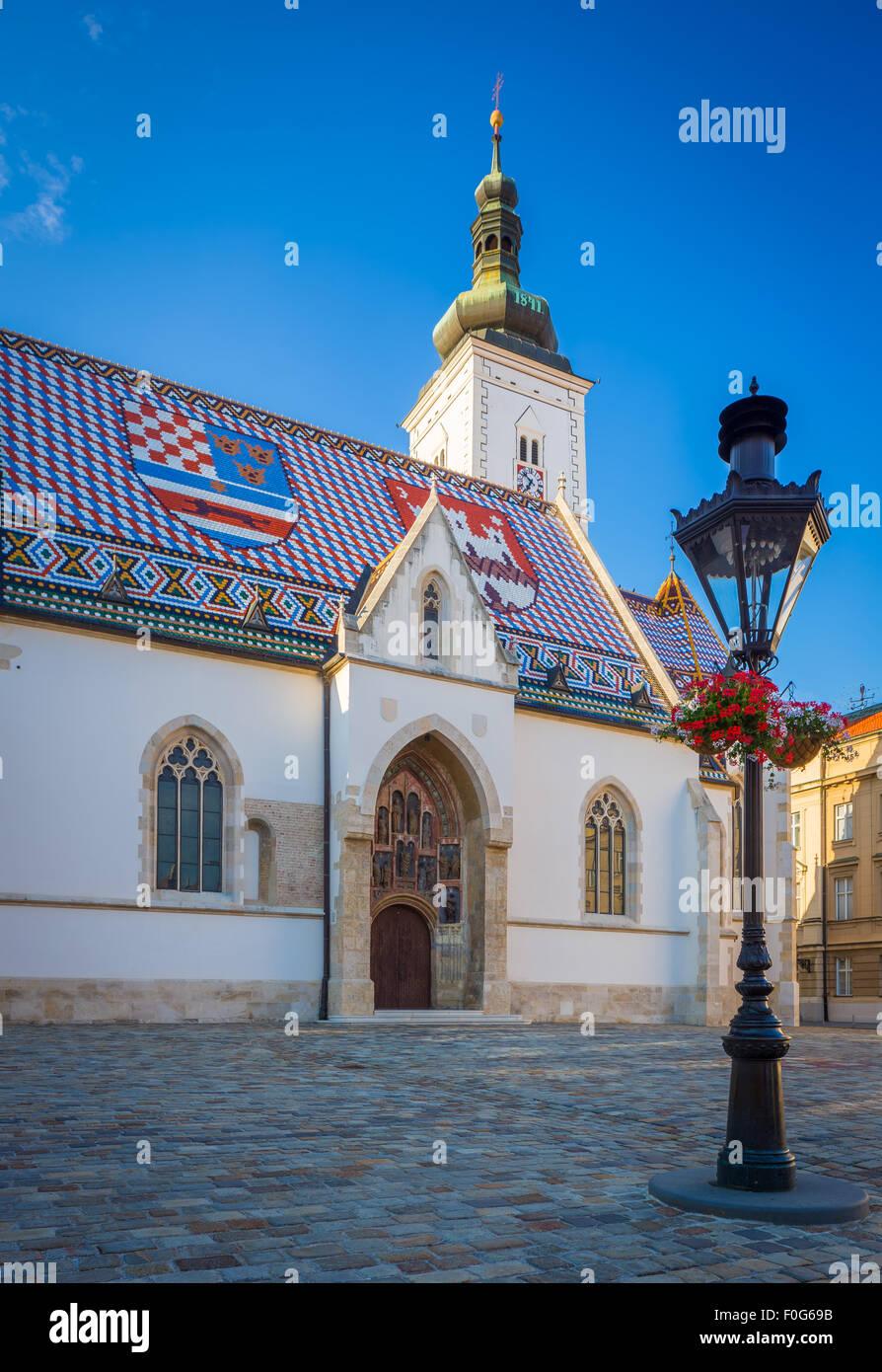 La colorida Iglesia de San Marcos, es uno de los edificios más antiguos de Zagreb y uno de sus símbolos Imagen De Stock