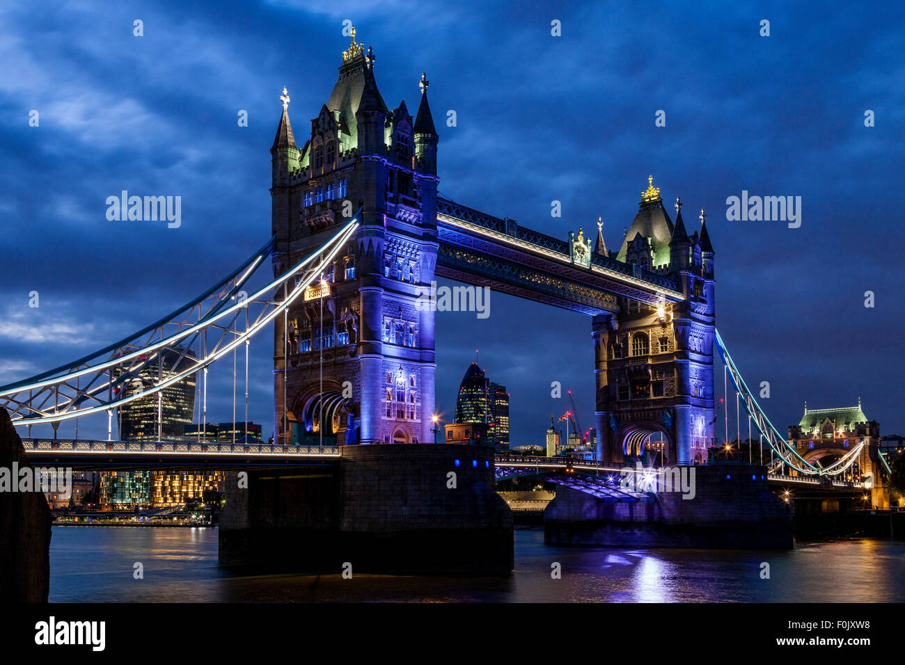 Tower Bridge, Londres, Inglaterra Imagen De Stock