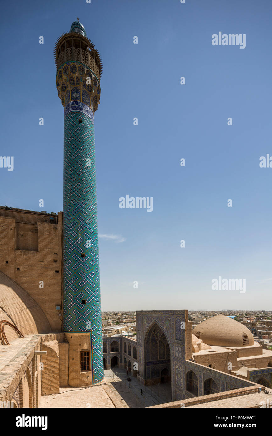 Minarete de qibla wan y patio, la Masjid-i Shah, Isfahán, Irán Foto de stock