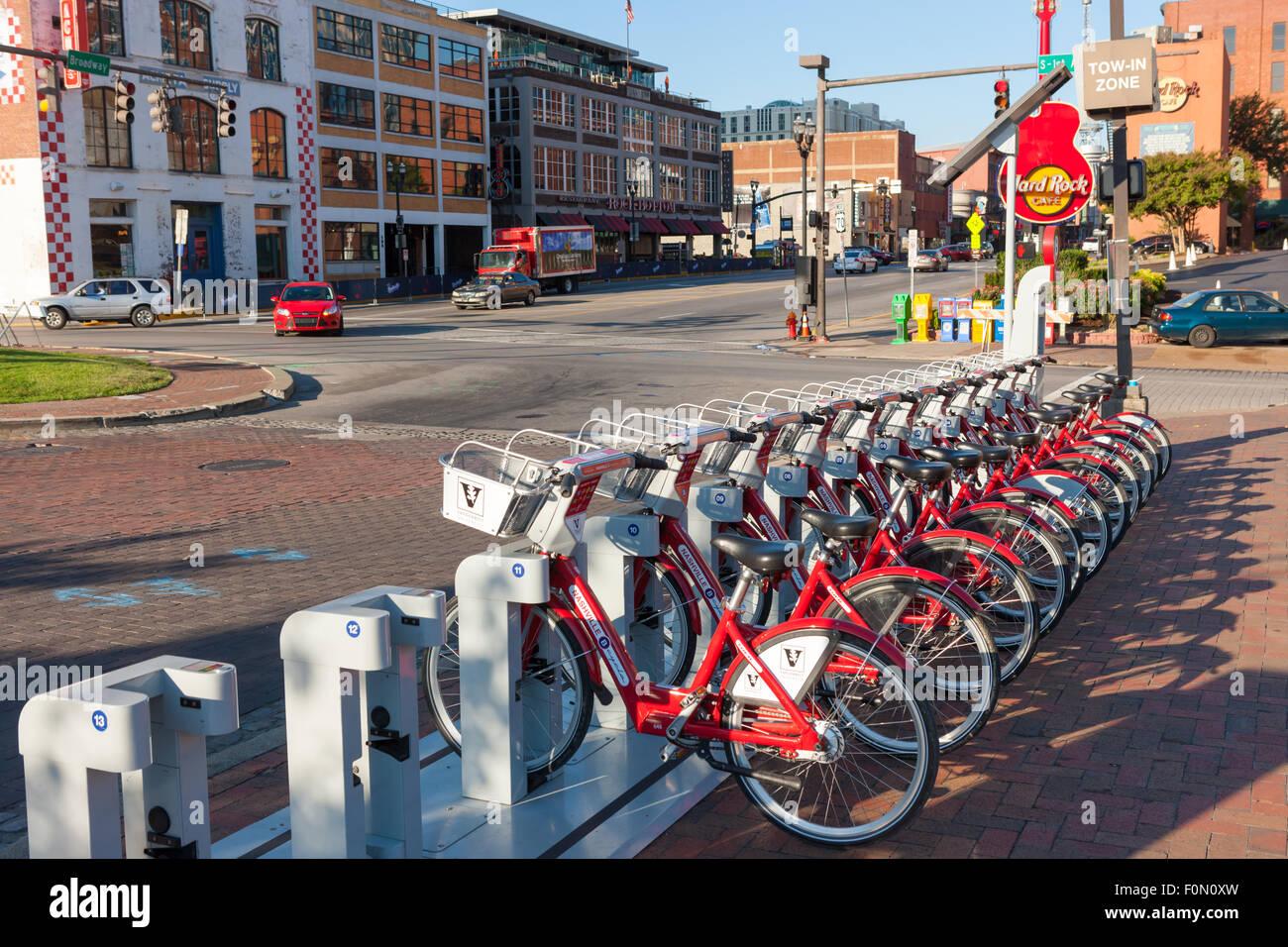 B-ciclo programa de uso compartido de Bicicletas Las bicicletas acoplado a la estación Riverfront B-station Imagen De Stock