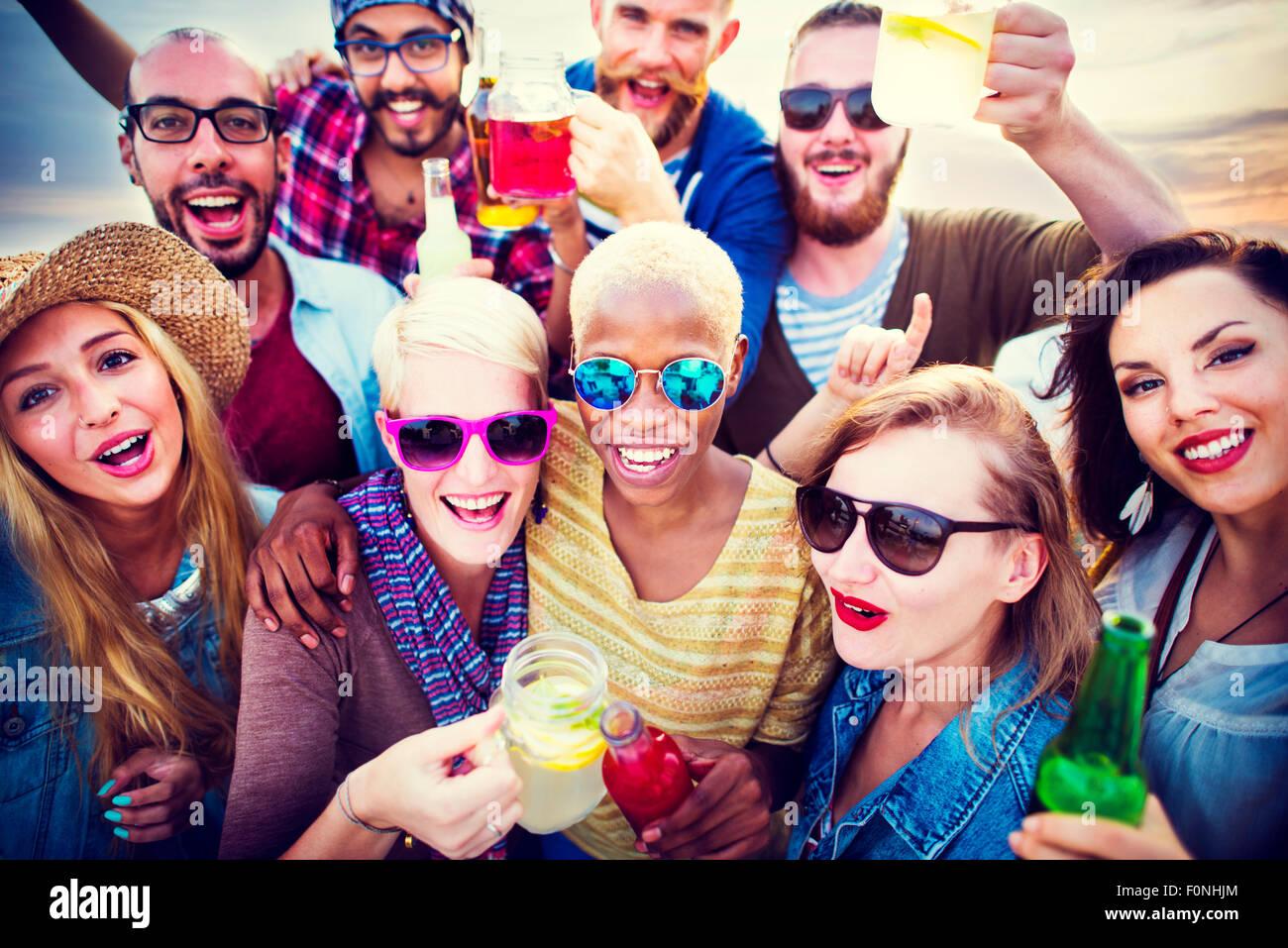Celebración alegre disfrutando parte del ocio concepto felicidad Imagen De Stock