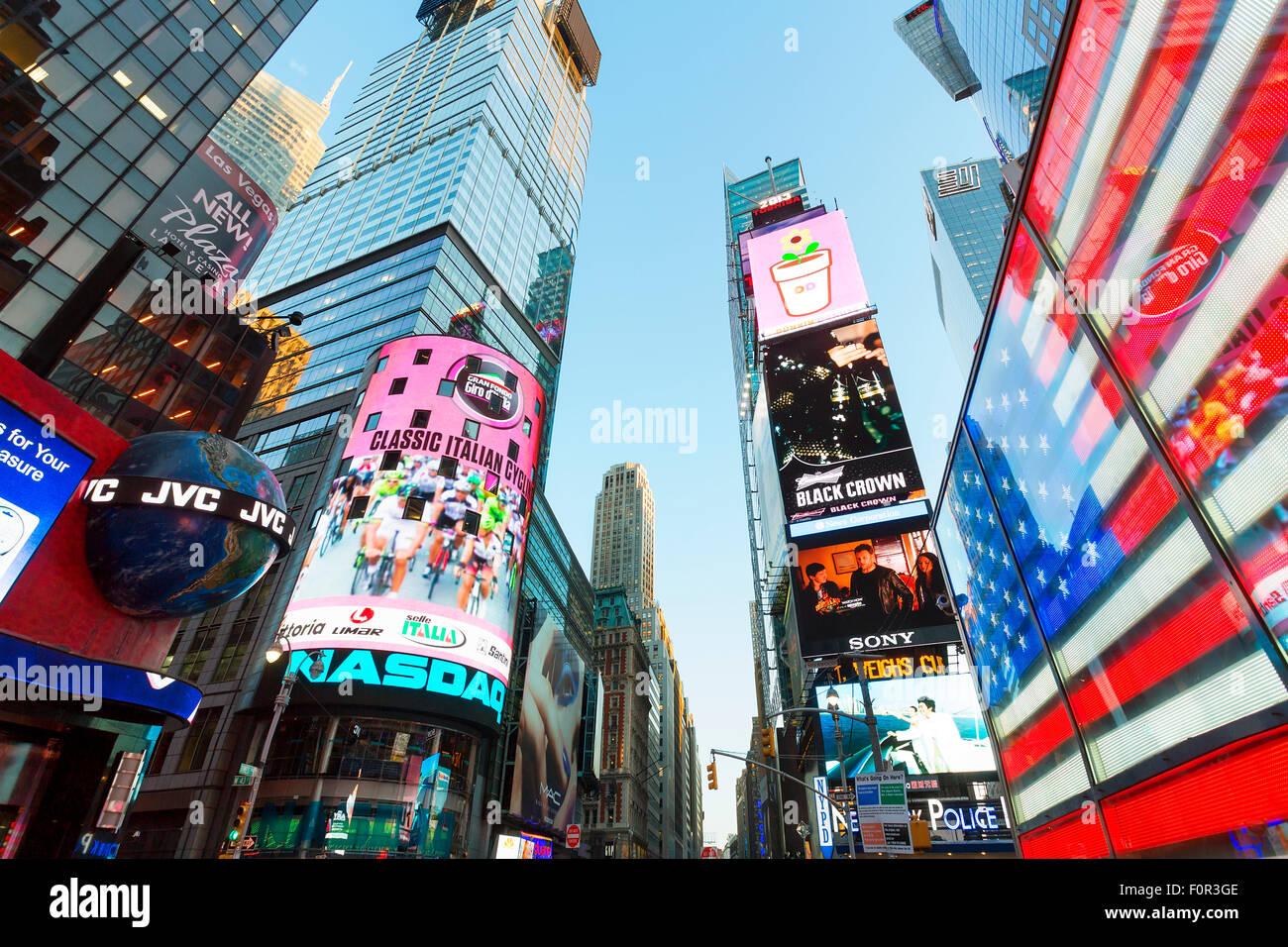 La ciudad de Nueva York, Times Square por la noche Foto de stock