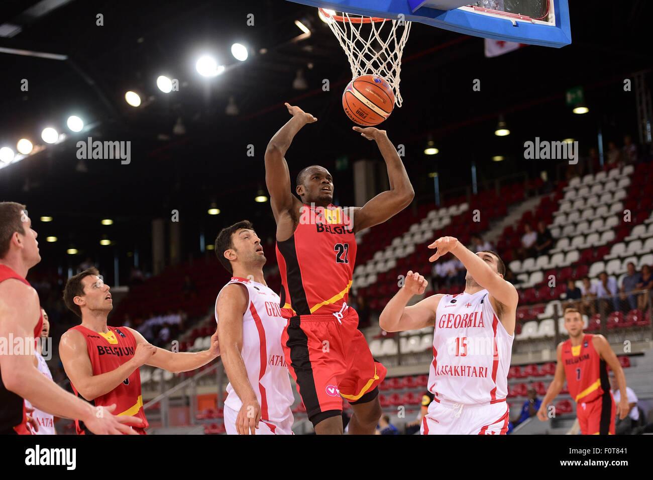 París, Francia. 20 Aug, 2015. Partido amistoso internacional del baloncesto. Bélgica contra Georgia. Kevin Imagen De Stock