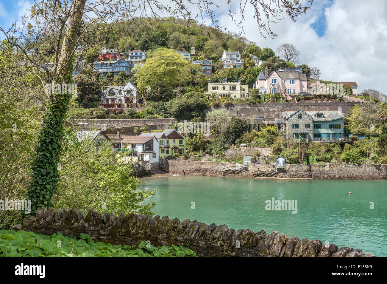 Ver en Warfleet Creek en Dartmouth en el río Dart, Devon, Inglaterra, Reino Unido | Aussicht auf den Warfleet Imagen De Stock
