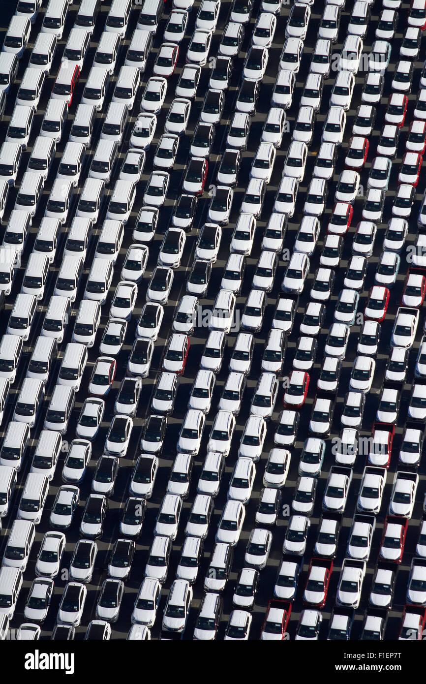 Los vehículos recién importadas en los puertos de Auckland, Auckland, Isla del Norte, Nueva Zelanda - Imagen De Stock