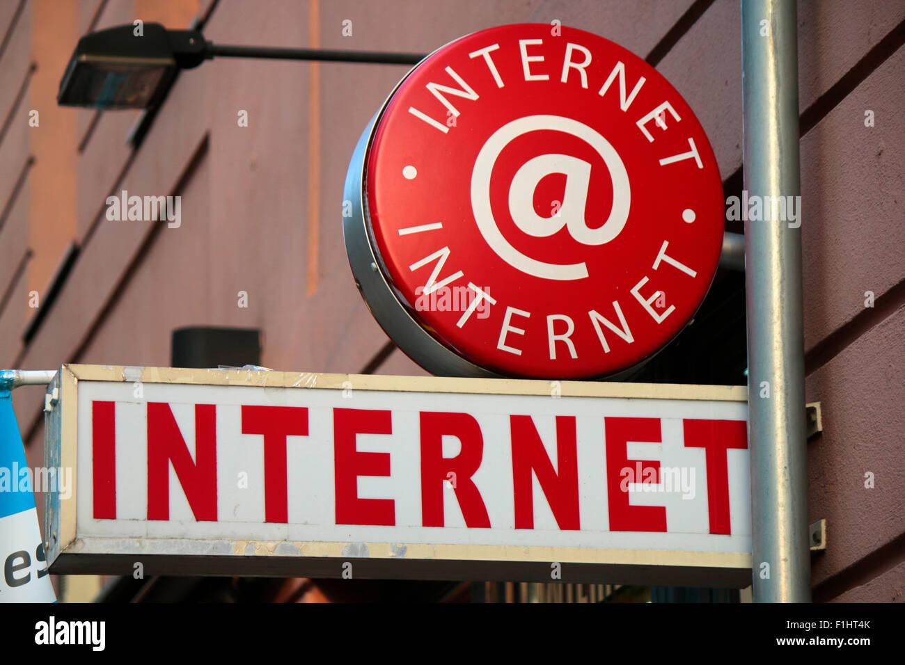 Markennamen: 'Internet', de Berlín. Imagen De Stock