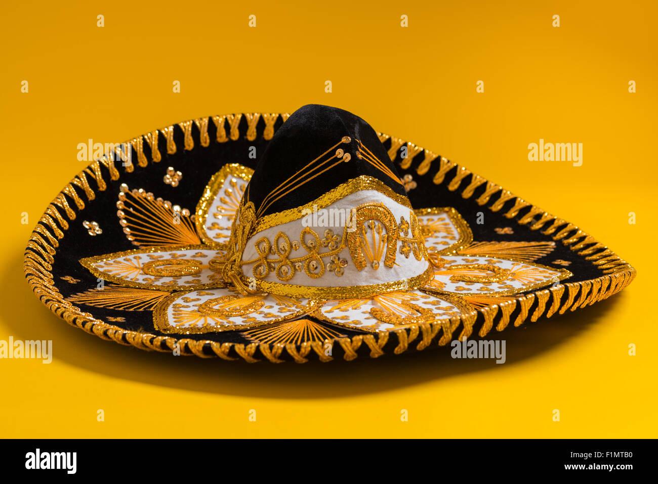 Black Sombrero Imágenes De Stock   Black Sombrero Fotos De Stock - Alamy 343b627e49b7