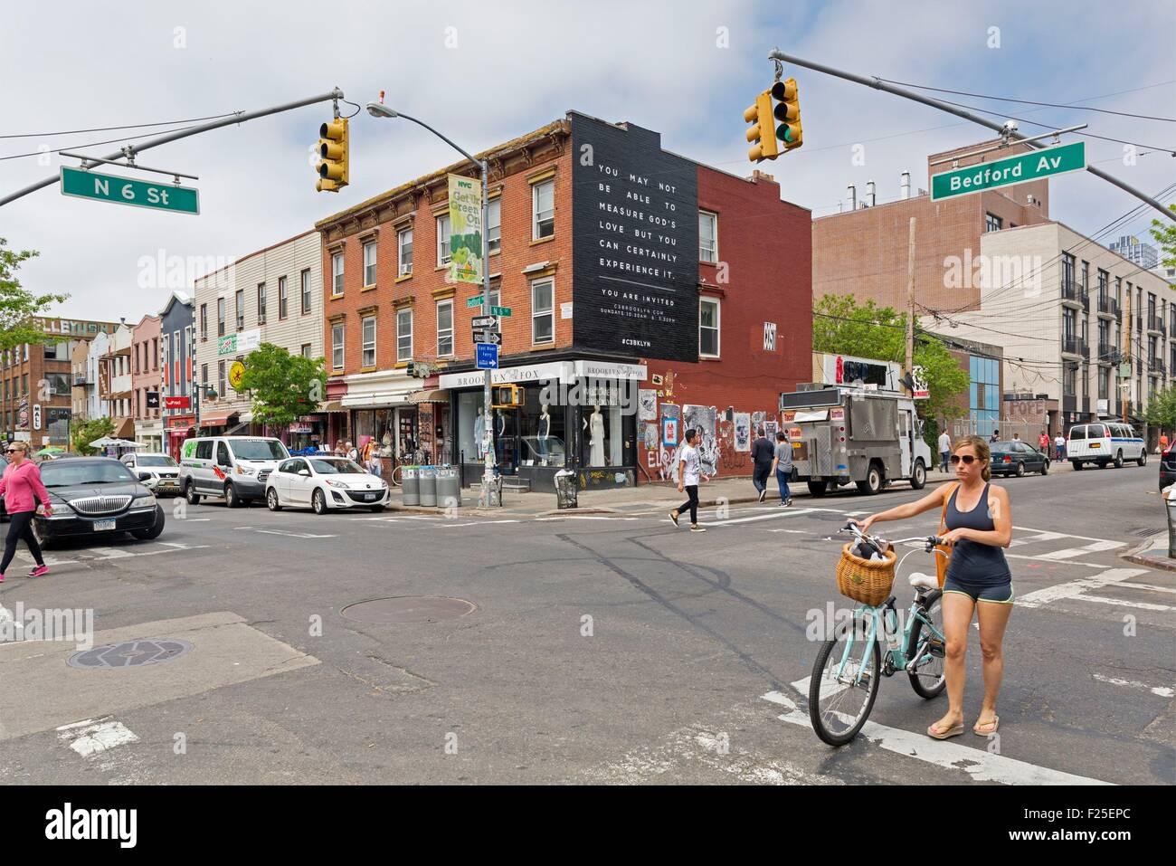 Estados Unidos, Nueva York, Brooklyn, vecindario de Williamsburg, Bedford Avenue Imagen De Stock