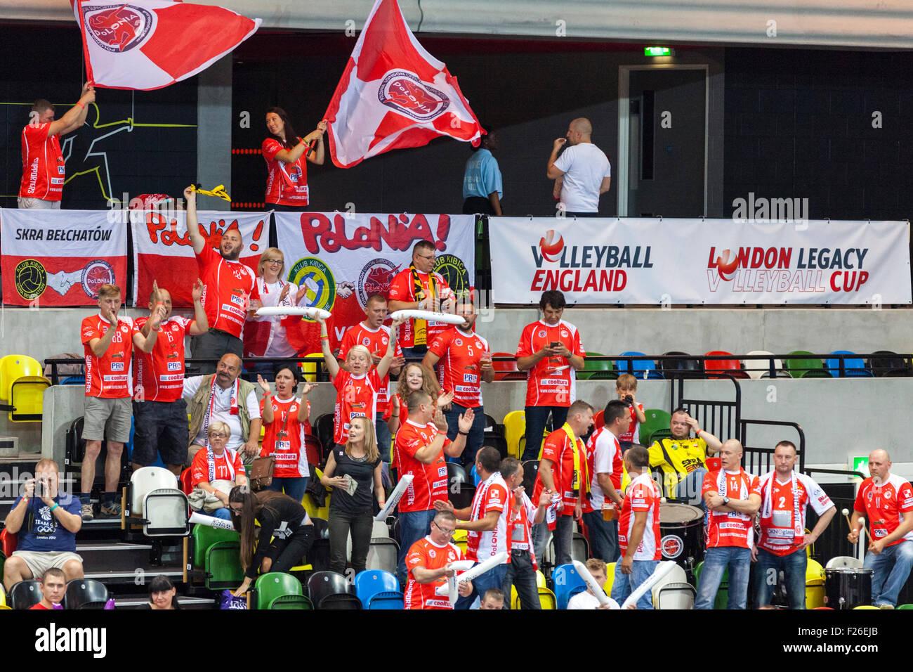 Cuadro de cobre Arena, Londres, Reino Unido. 12 de septiembre de 2015. IBB Polonia fans apoyar su equipo con sede Foto de stock
