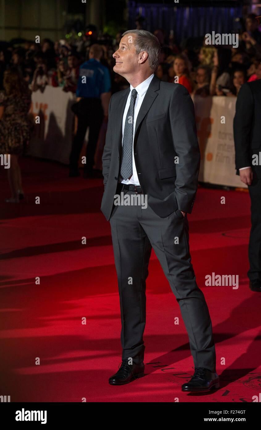 El actor Jeff Daniels asiste al estreno mundial de El Marciano en el Festival Internacional de Cine de Toronto en Imagen De Stock