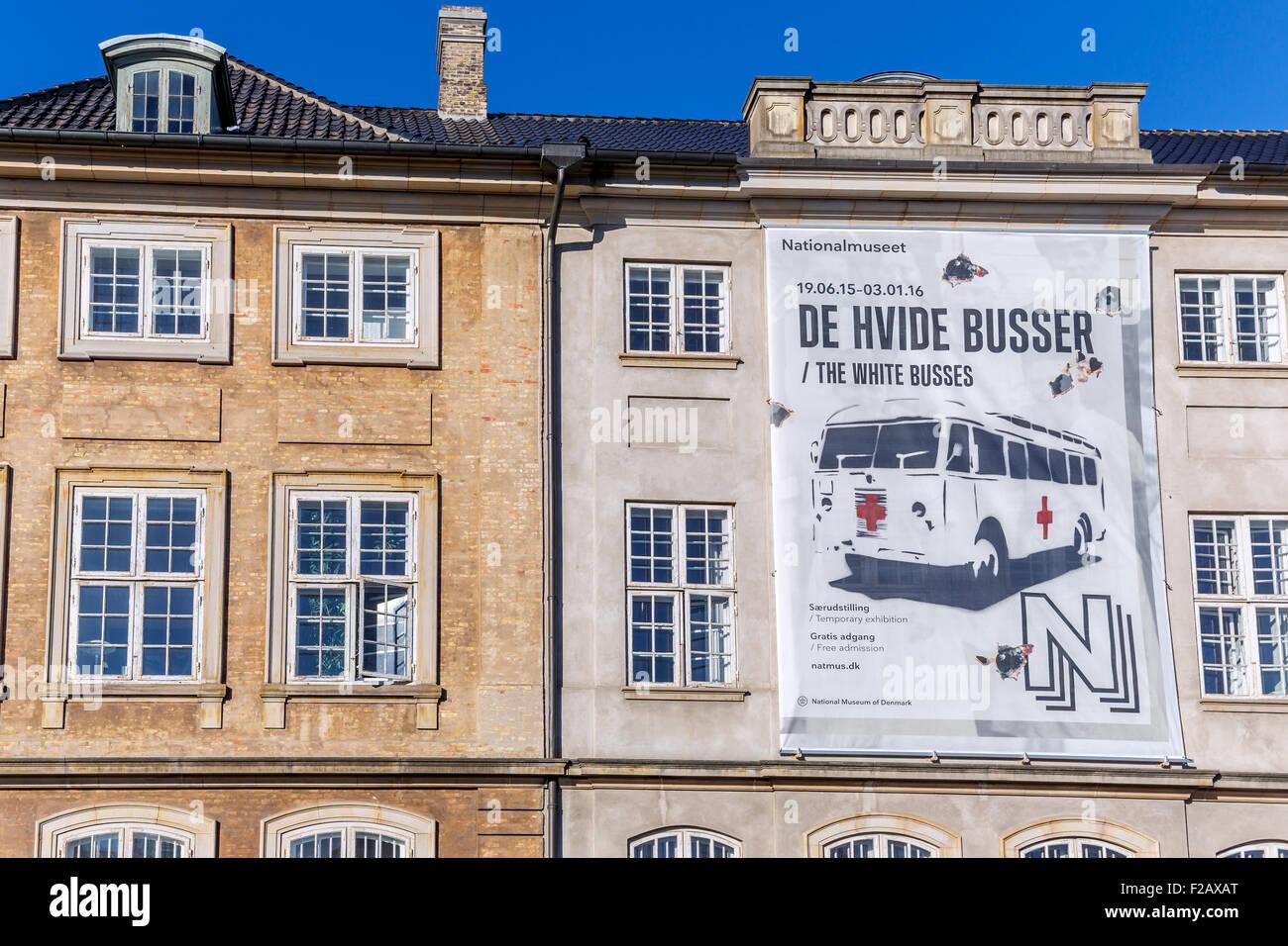 Póster sobre el funcionamiento de los buses blanco - Museo Nacional de Dinamarca, el Príncipe, la mansión, Imagen De Stock