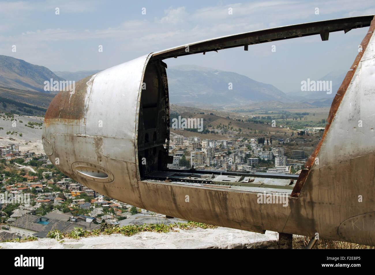 Albania. Gjirokastra vistos a través de la cabina del avión de la fuerza aérea estadounidense que Imagen De Stock
