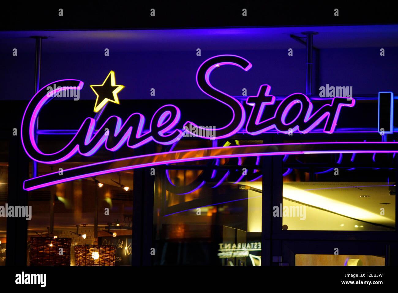 Noviembre 2013 - Berlín: marcas: el logo de la cadena de cine alemán 'Estrella de Cine', de Berlín. Imagen De Stock