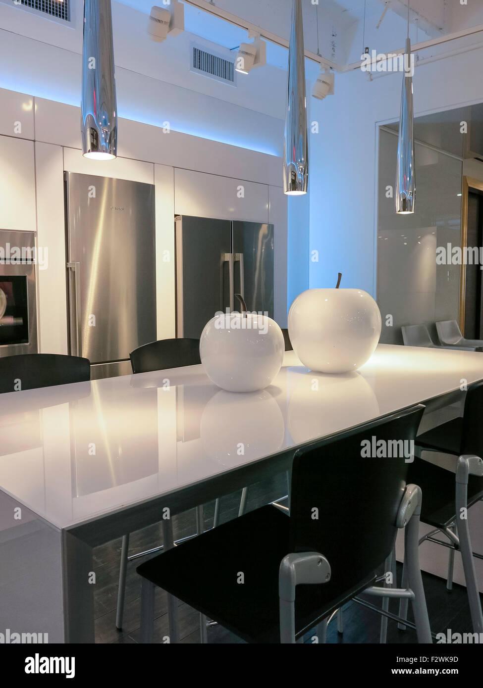 Un interior de lujo de la marca Bosch cocina showroom de diseño, en ...