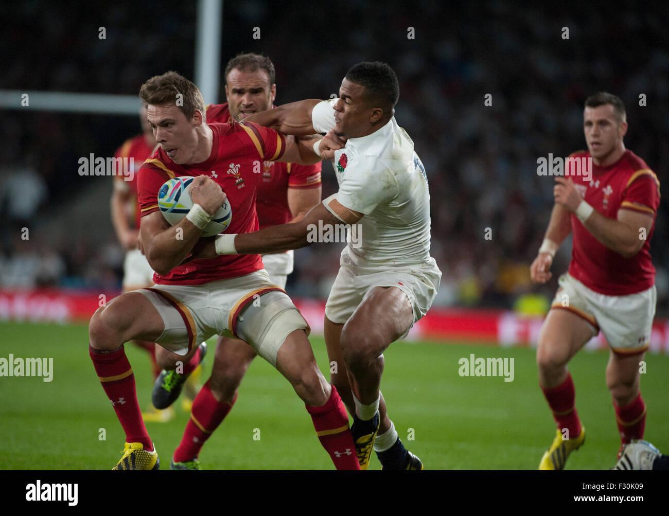El Estadio Twickenham, Londres, Reino Unido. 26 de septiembre de 2015. Inglaterra v Gales en la piscina una noche Imagen De Stock