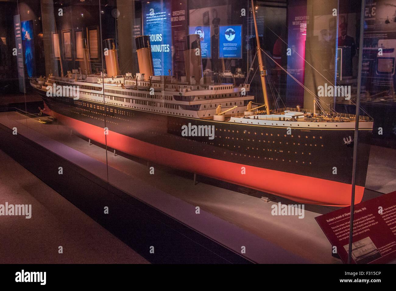 Modelo Similar Al Titanic En El Museo Marítimo De Merseyside Liverpool Merseyside Inglaterra Fotografía De Stock Alamy
