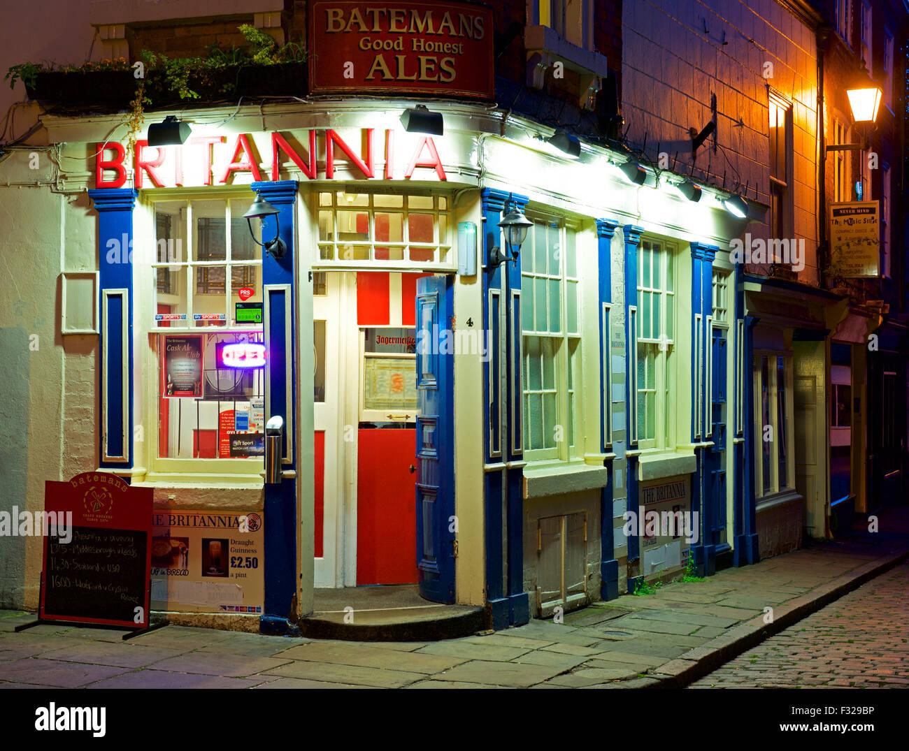 El Britannia Pub en penumbra, Boston, Lincolnshire, Inglaterra Imagen De Stock
