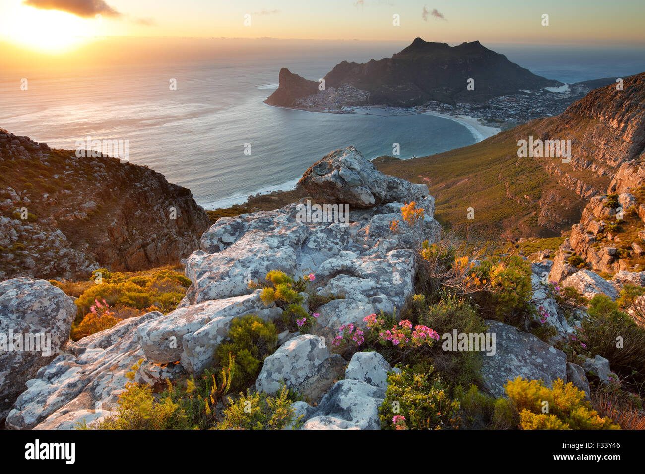 Hout Bay, desde el Table Mountain National Park, Western Cape, Sudáfrica Imagen De Stock