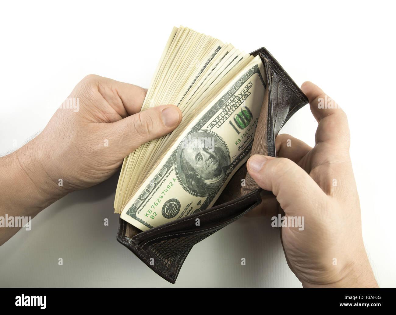 atesorar como una mercancía rara mayor selección de 2019 gran descuento Apertura de mano una cartera con billetes de 100 dólares de ...