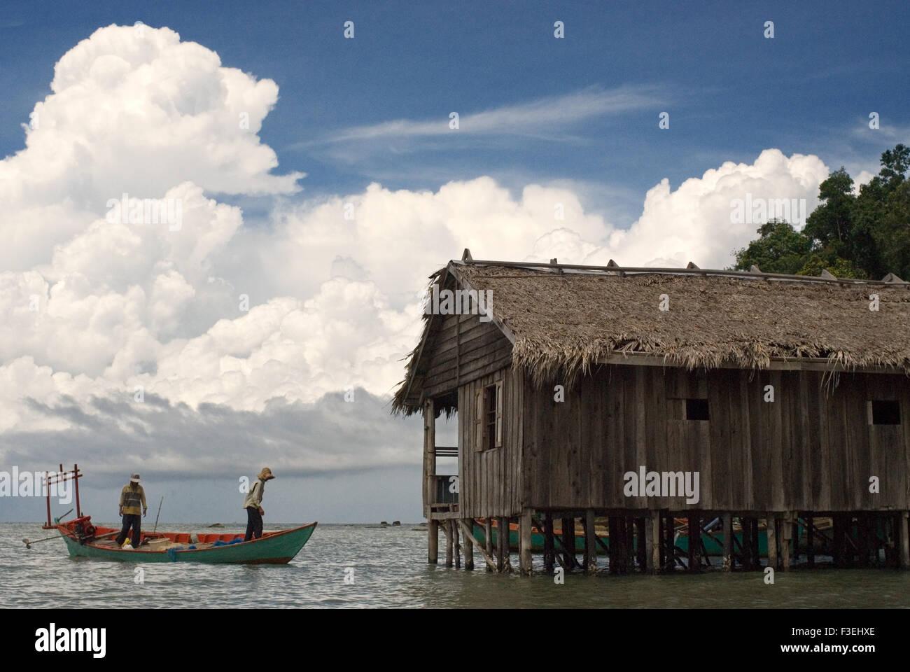 Cabaña en el Parque Nacional de Ream. Situado a 13km al este de Sihanoukville, el Parque Nacional de Ream es un gran lugar para ver Camboya wildl Foto de stock