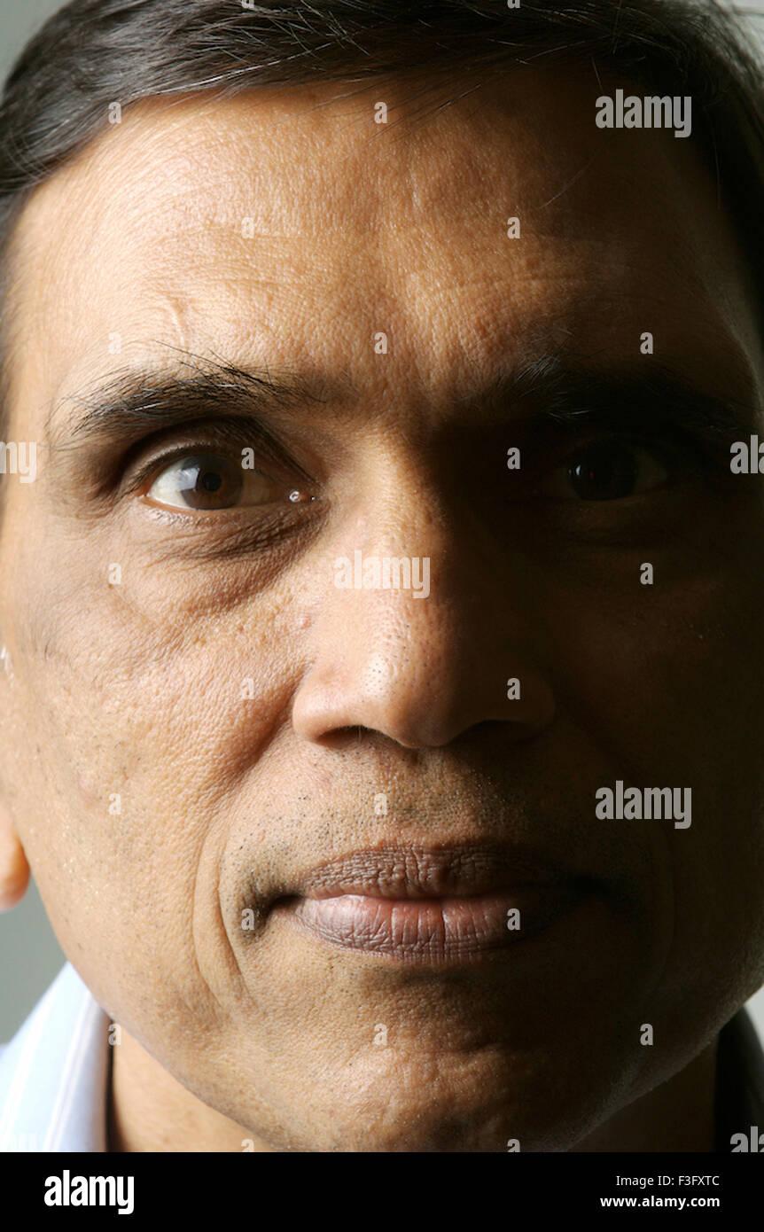 Retrato del fotógrafo Jagdish Agarwal fundador de Dinodia Fototeca Mumbai, India - modelo liberado Foto de stock