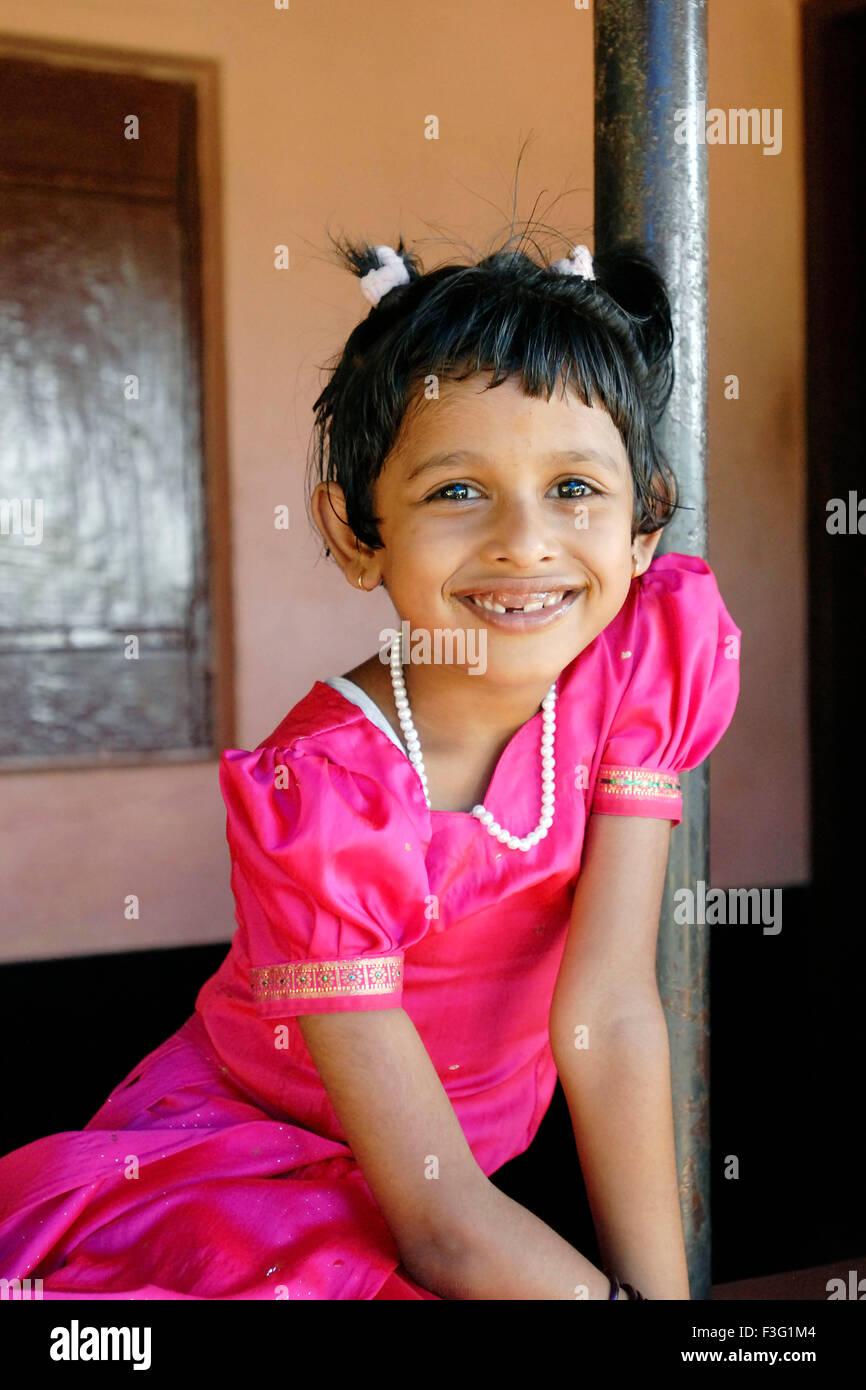 Girl In Traditional Kerala Dress Imágenes De Stock & Girl In ...