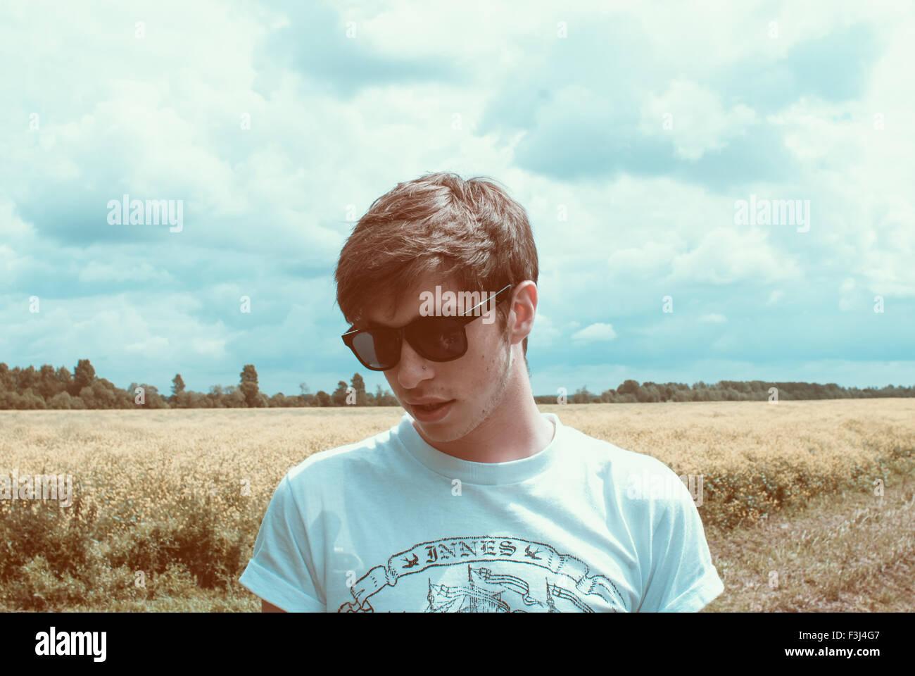 Apuesto joven hipster man Imagen De Stock