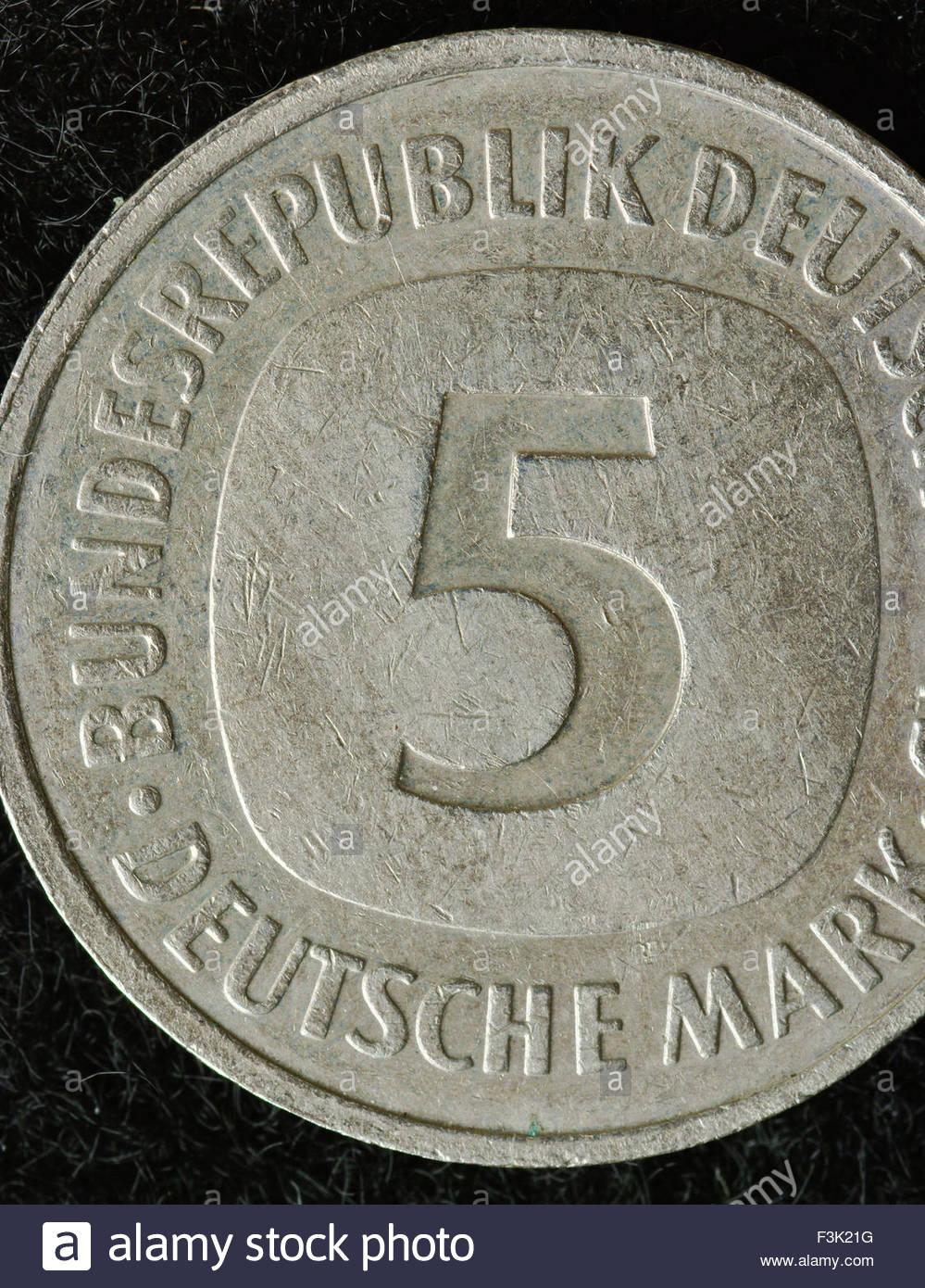 Marco alemán (DEM) es la moneda oficial de Alemania Occidental ...