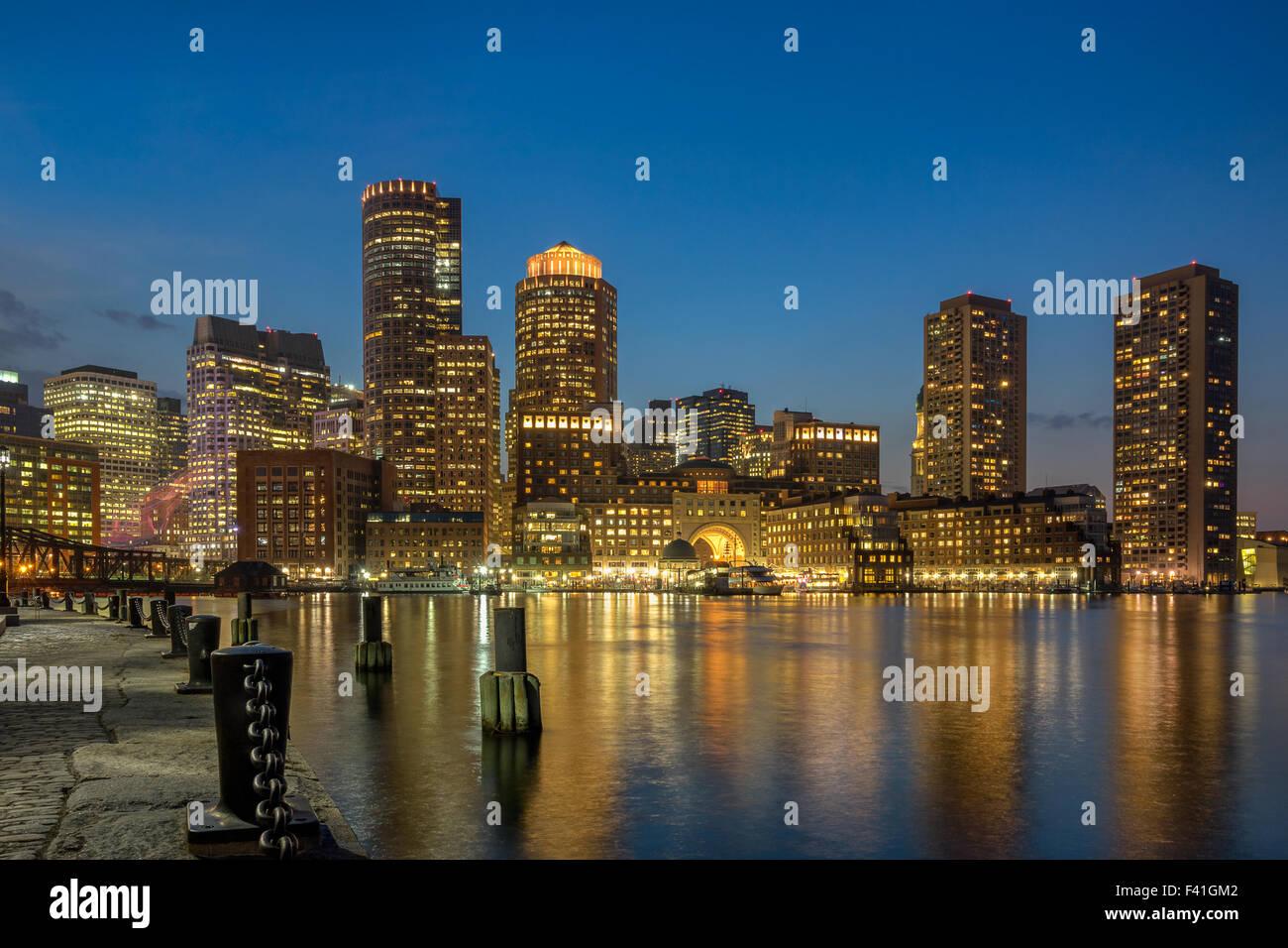 El Boston Harbor y el waterfront Imagen De Stock