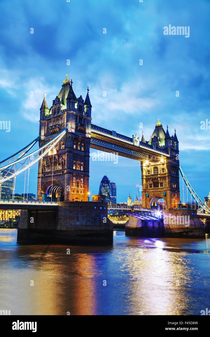 Tower Bridge en Londres, Gran Bretaña Imagen De Stock