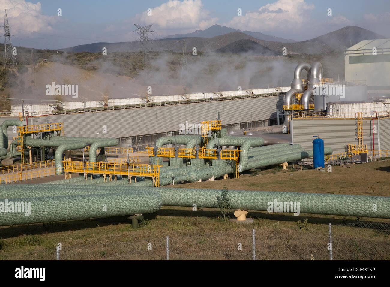 Olkaria 280MW de la planta de energía geotérmica Hell's Gate del Valle del Rift de Kenya Imagen De Stock