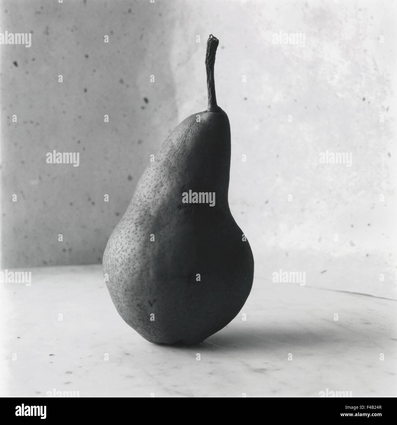 Una pera. Imagen De Stock