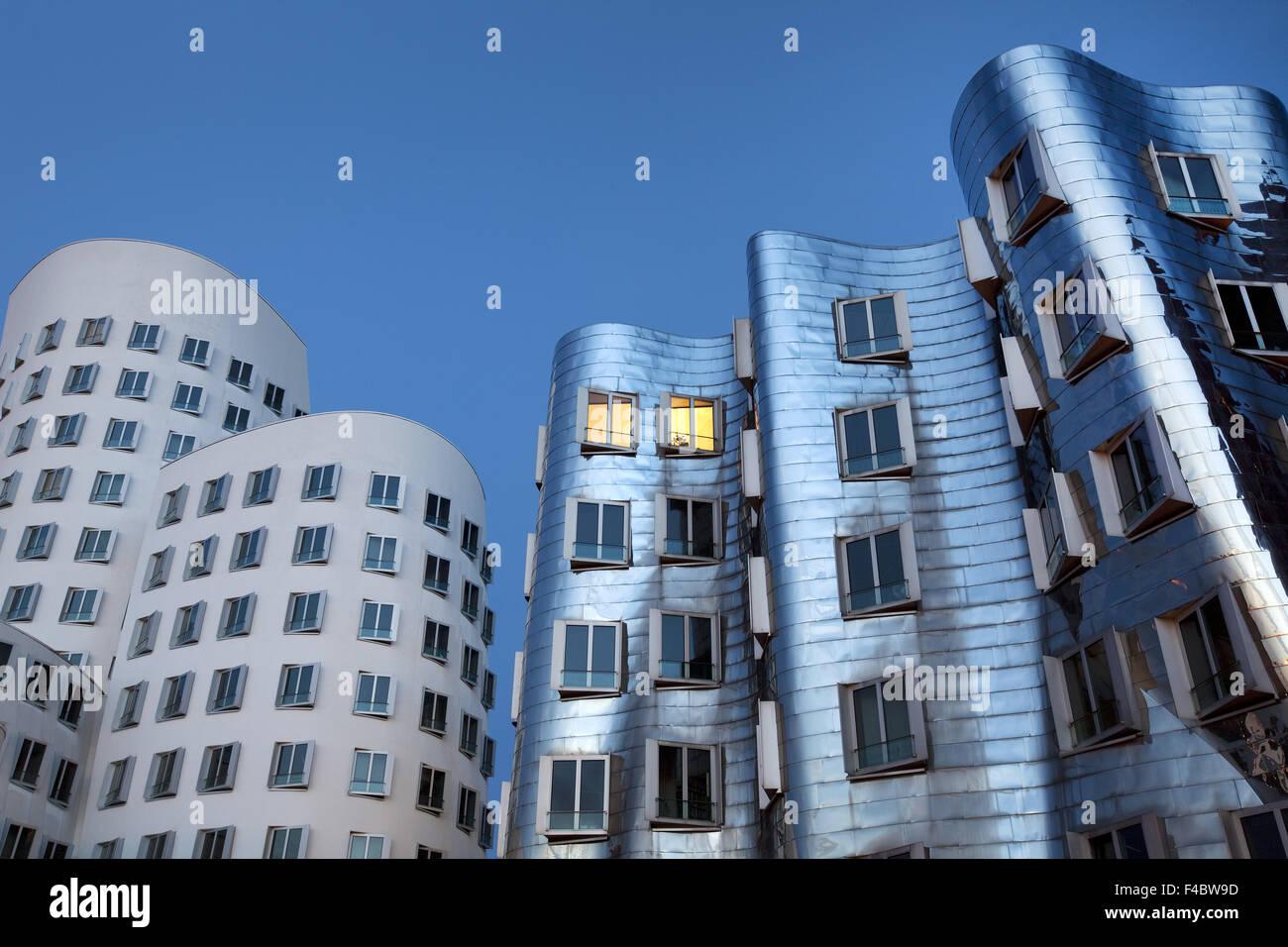 Edificios de Gehry, Nuevo Zollhof, Duesseldorf Imagen De Stock