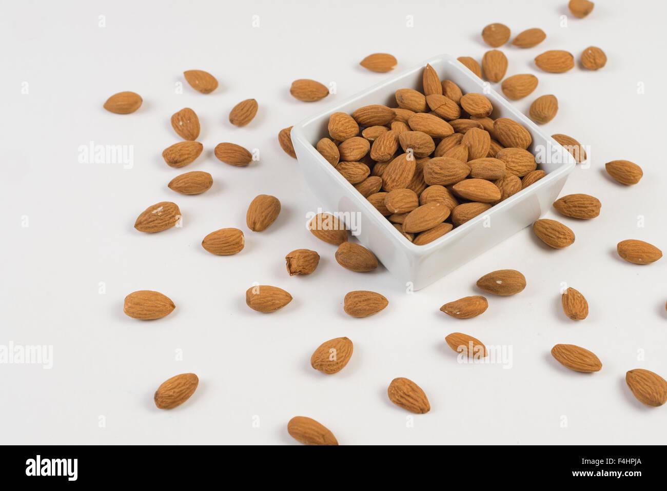 Almendras. frutos secos, buena salud y alimentacion. Buena comida Imagen De Stock
