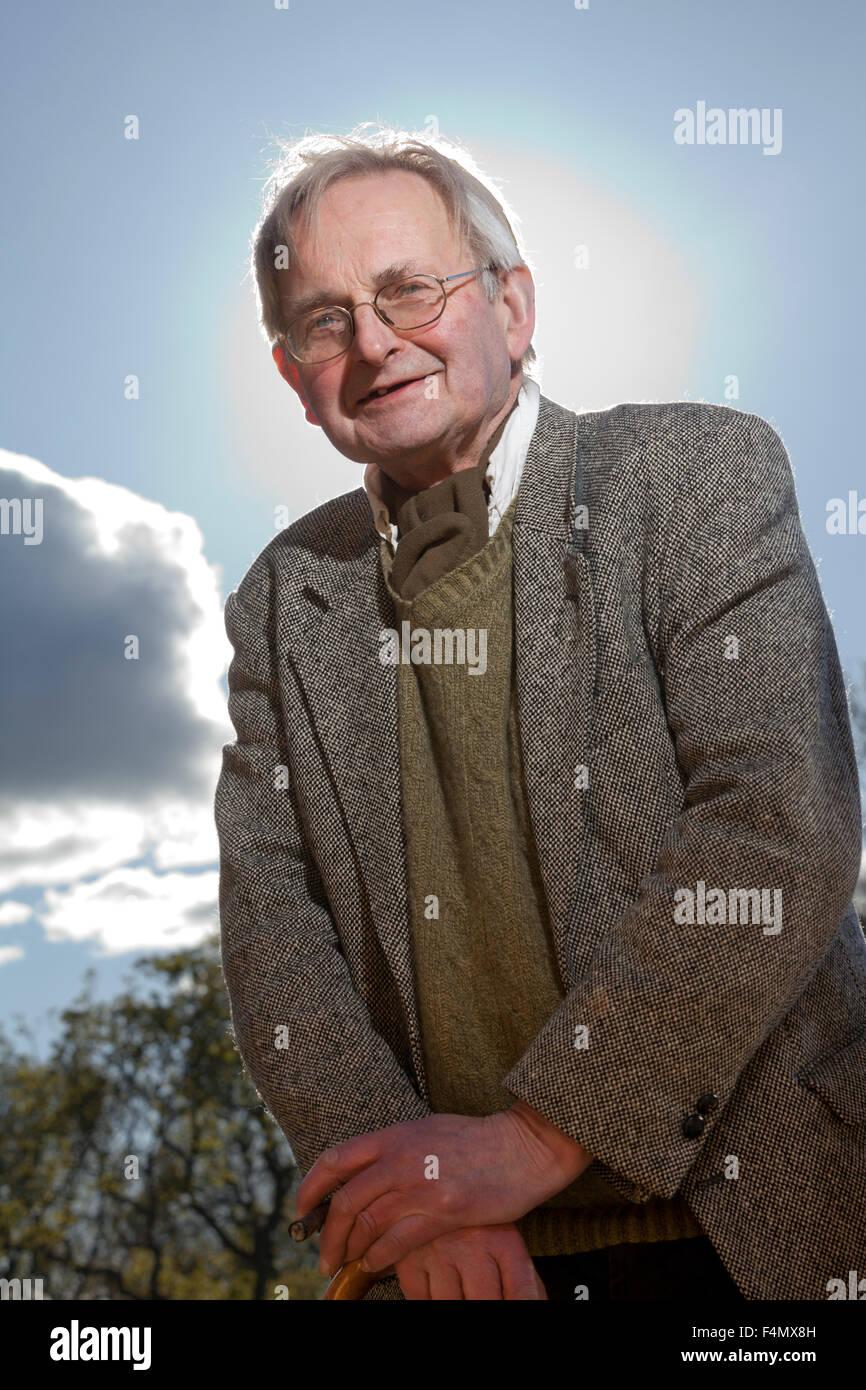Allan Massie Johnstone, CBE el periodista escocés, columnista, escritor y novelista de deportes en la ficción Imagen De Stock