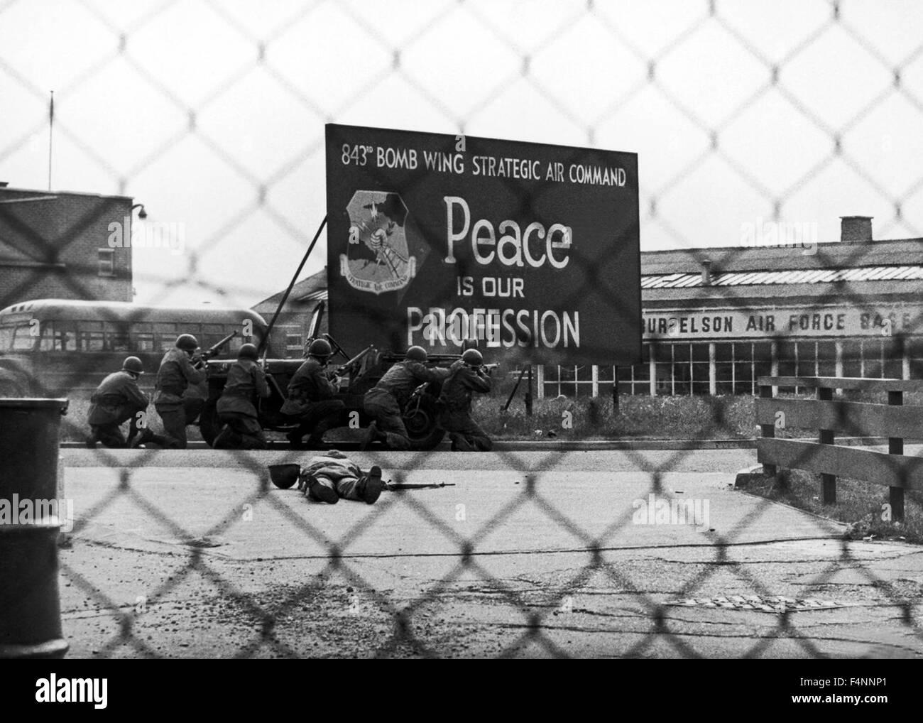 Dr. Strangelove o cómo aprendí a dejar de preocuparse y amar la bomba es una sátira política Imagen De Stock