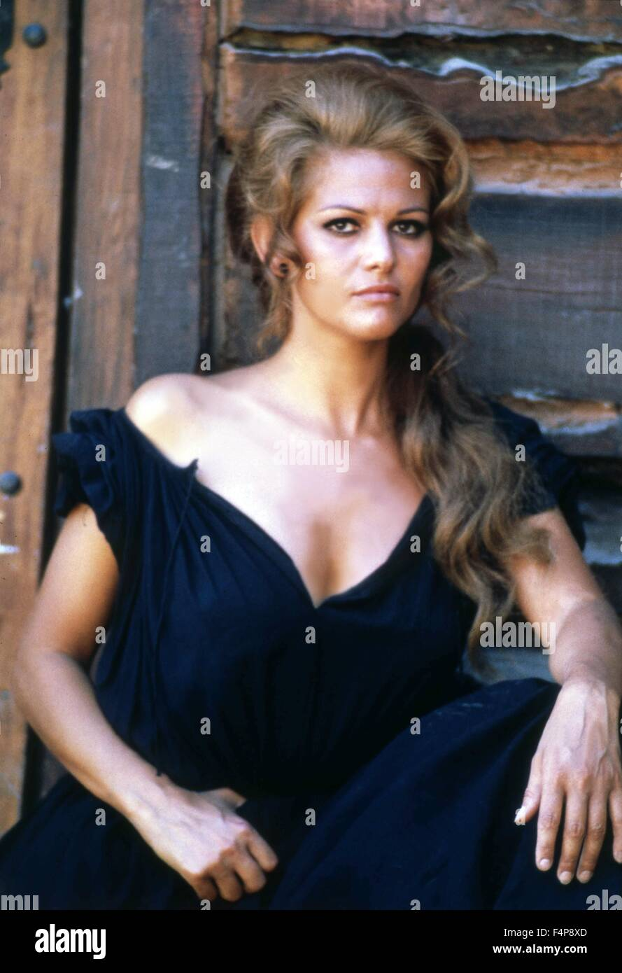 Claudia Cardinale / Érase una vez en el oeste de 1968 dirigido por Sergio Leone Imagen De Stock