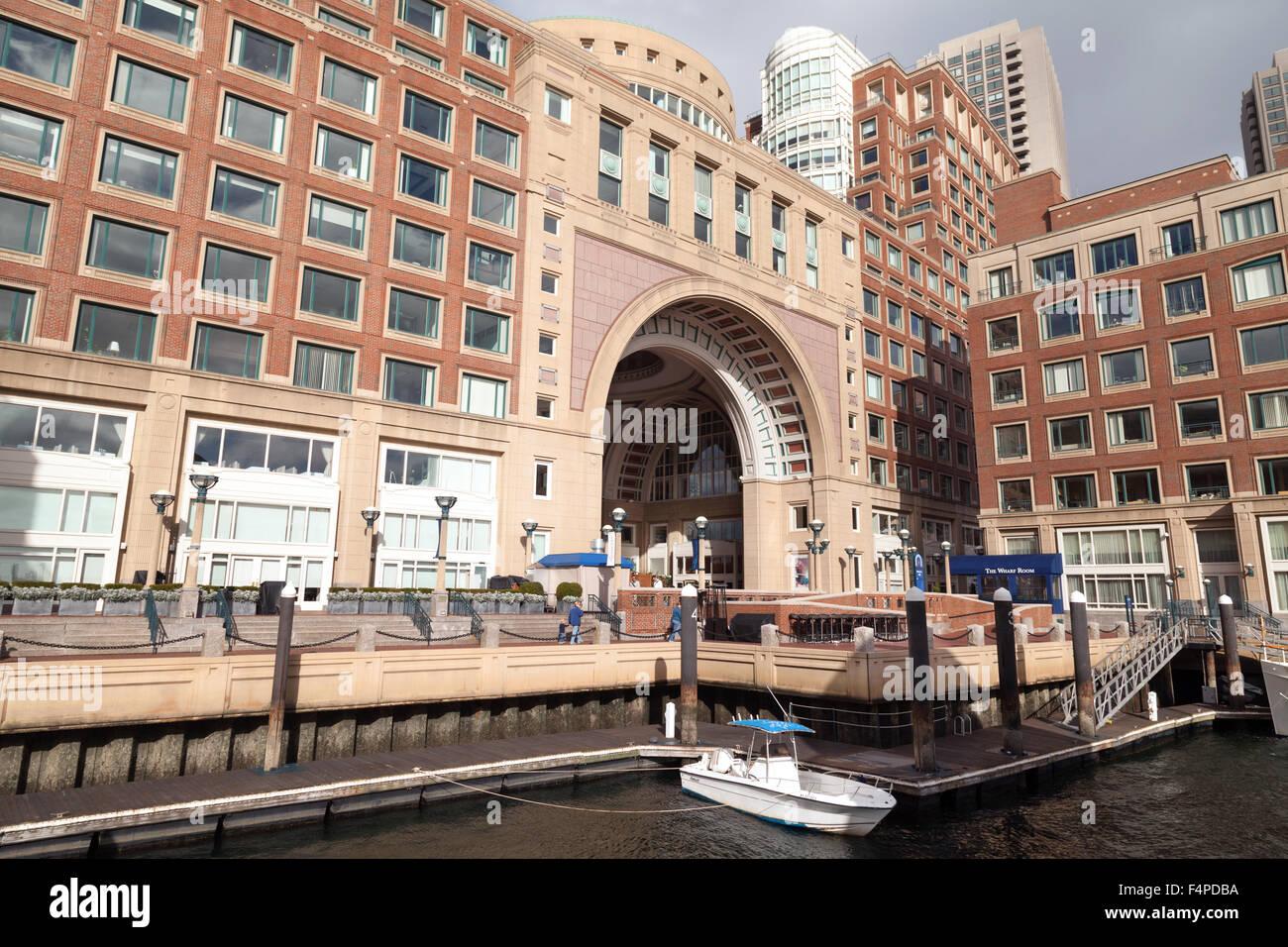 El lujoso Hotel Boston Harbor, Rowes Wharf, Boston, Massachusetts EE.UU. Imagen De Stock